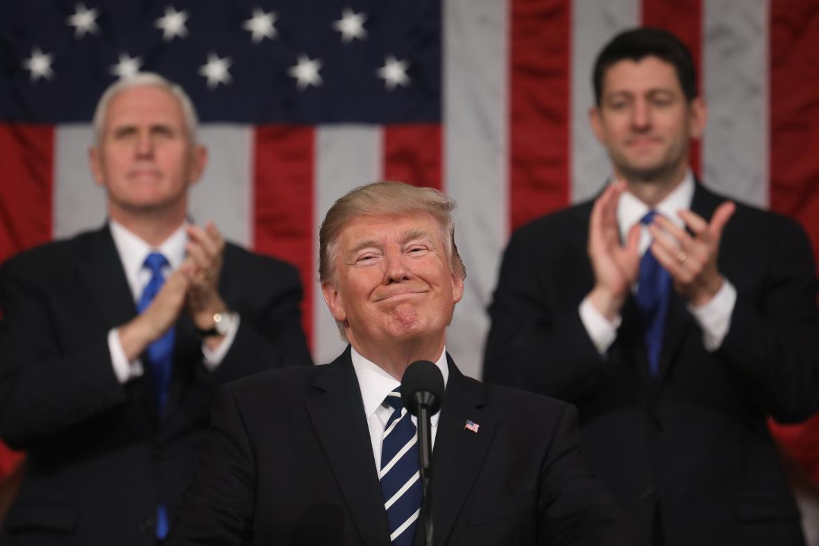 Trump během prvního projevu v Kongresu