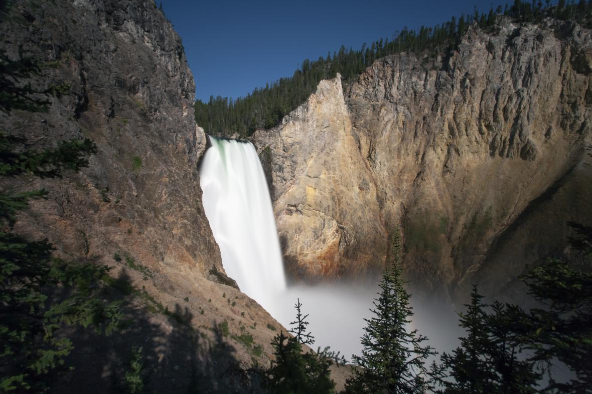 V Yellowstonu jsou k vidění i vodopády