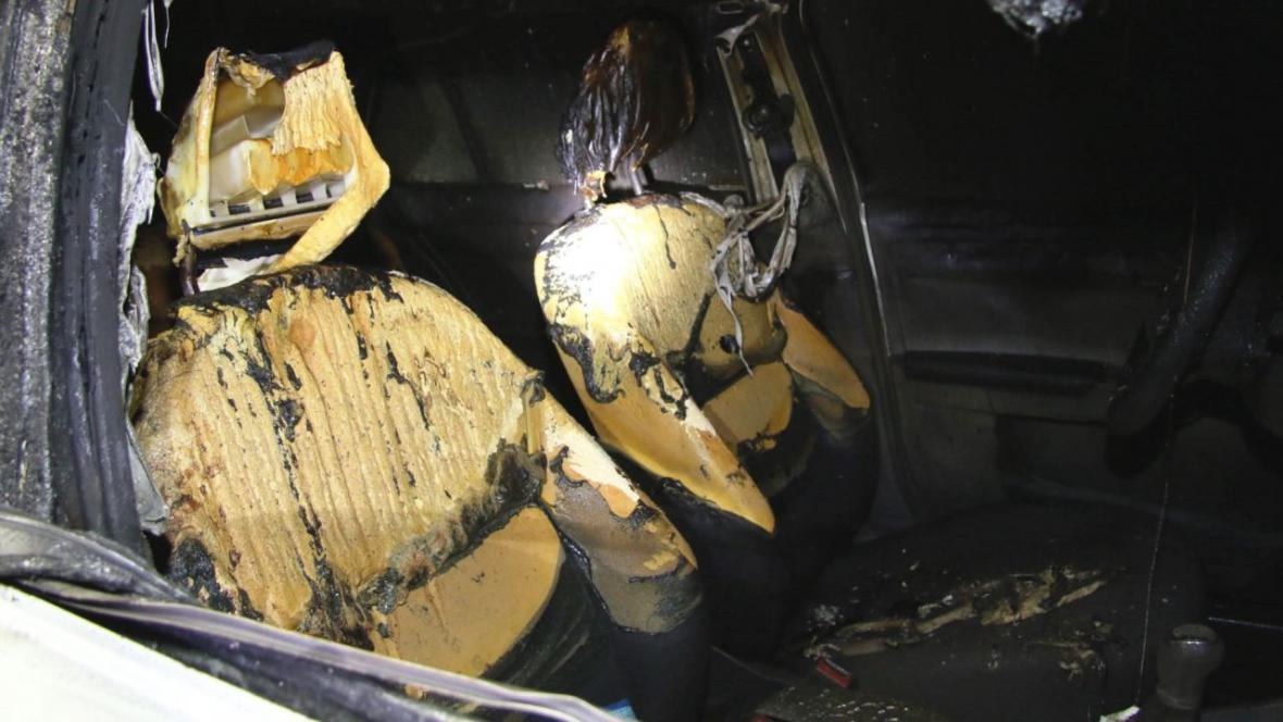 V posledních měsících na východě Čech shořela tři auta taxislužby