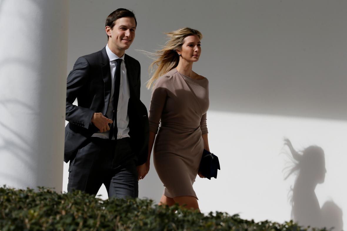 Trumpova dcera Ivanka a její manžel a poradce prezidenta Jared Kushner