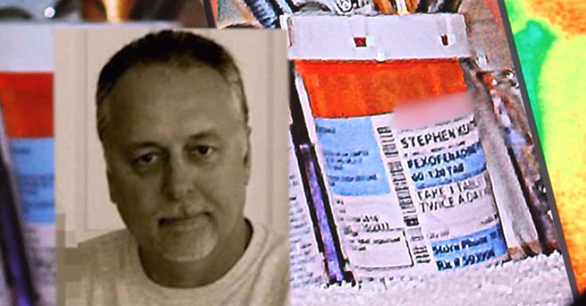 Stephen Keating a jeho krabička na léky