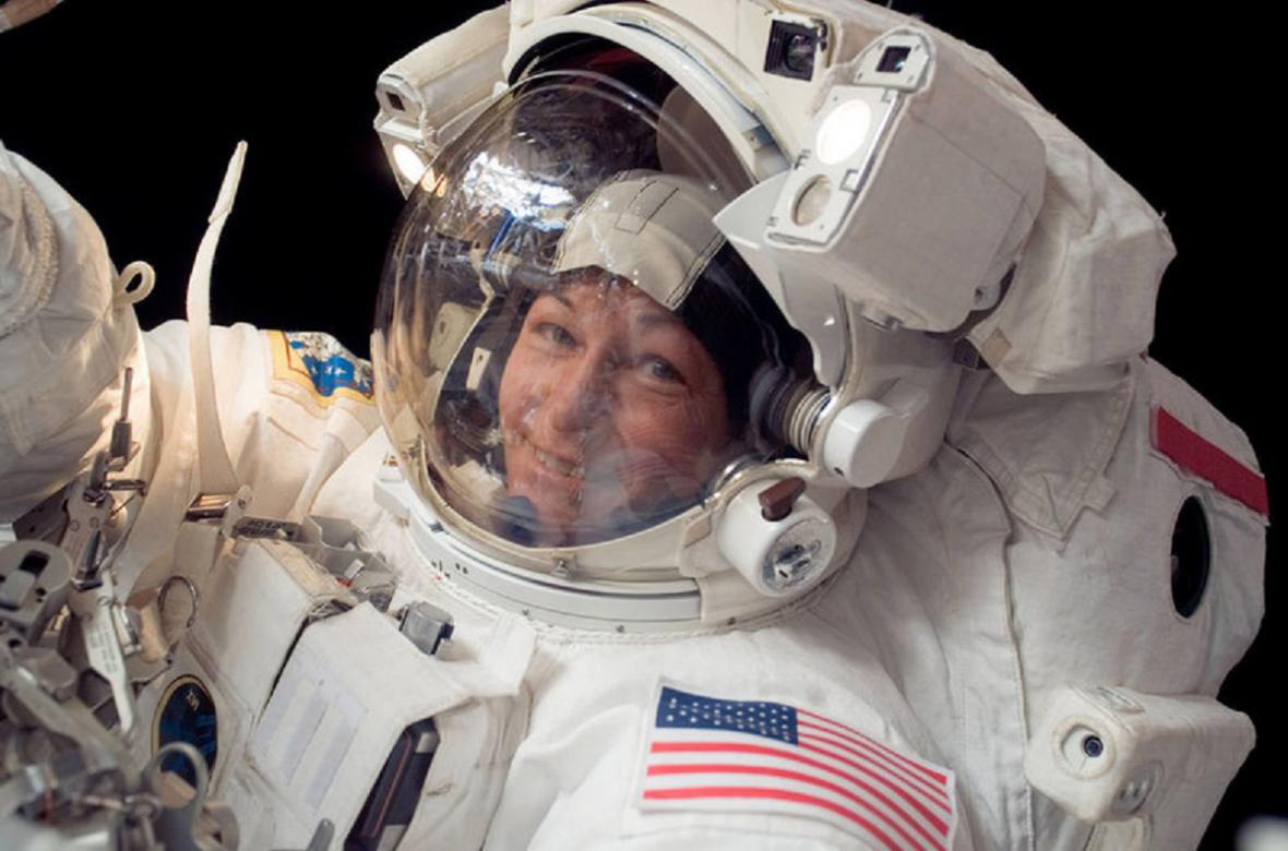 Peggy Whitsonová, první velitelka Mezinárodní vesmírné stanice ISS