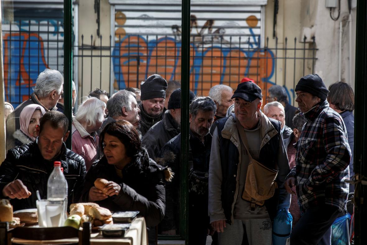 Řecko se propadá hlouběji do chudoby