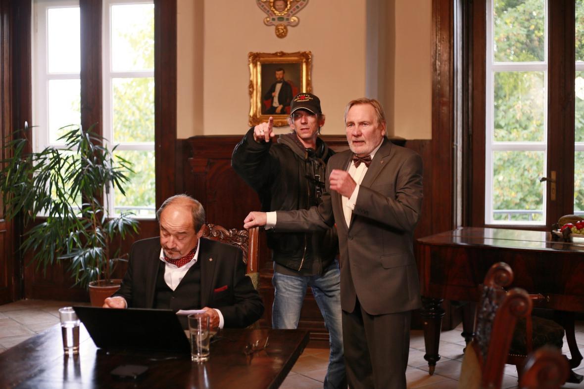 Natáčení Labyrintu II / Viktor Preiss, Jiří Strach, Jiří Štěpnička