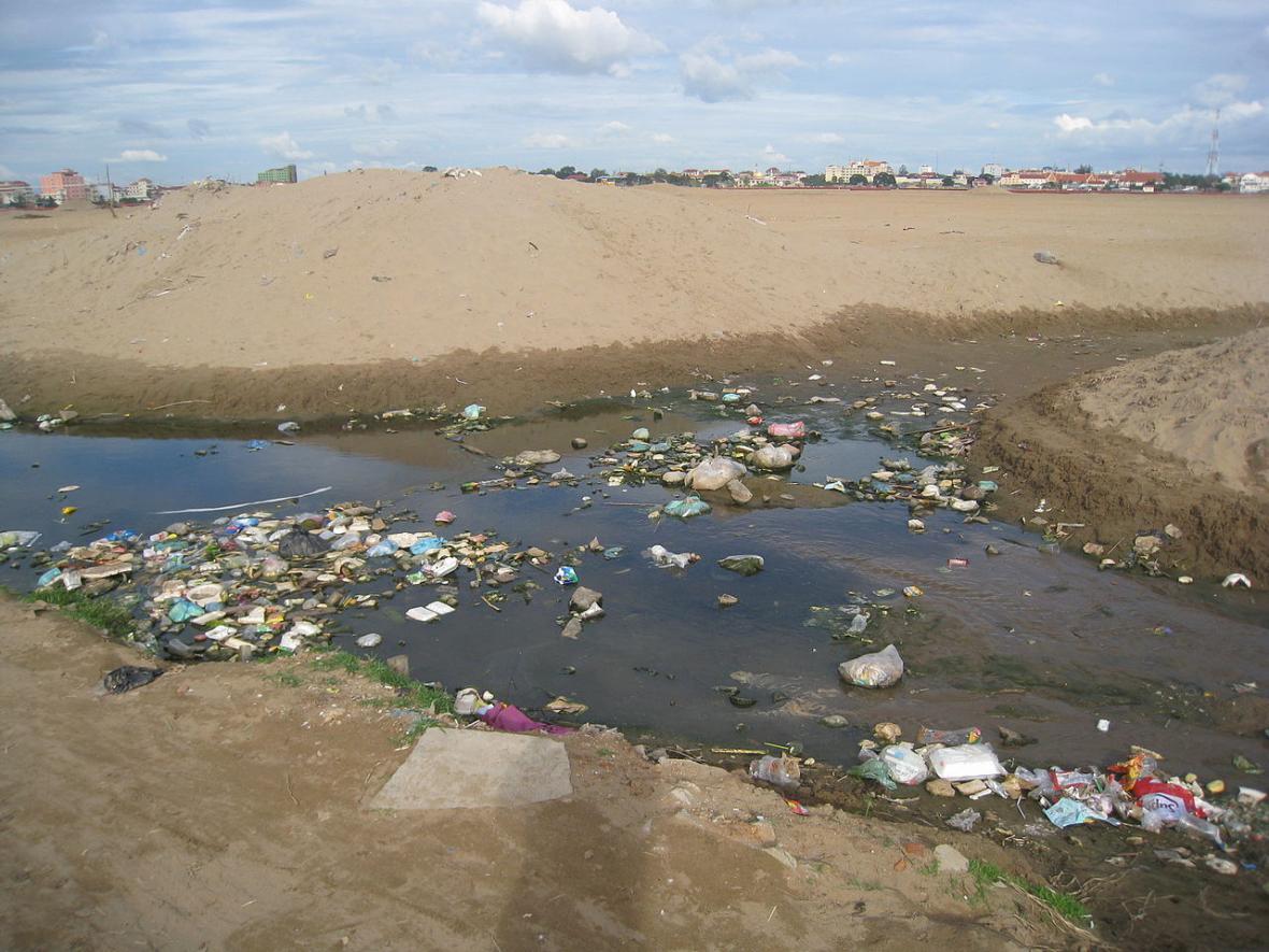 Jezero Boeung Kak po stavebních úpravách