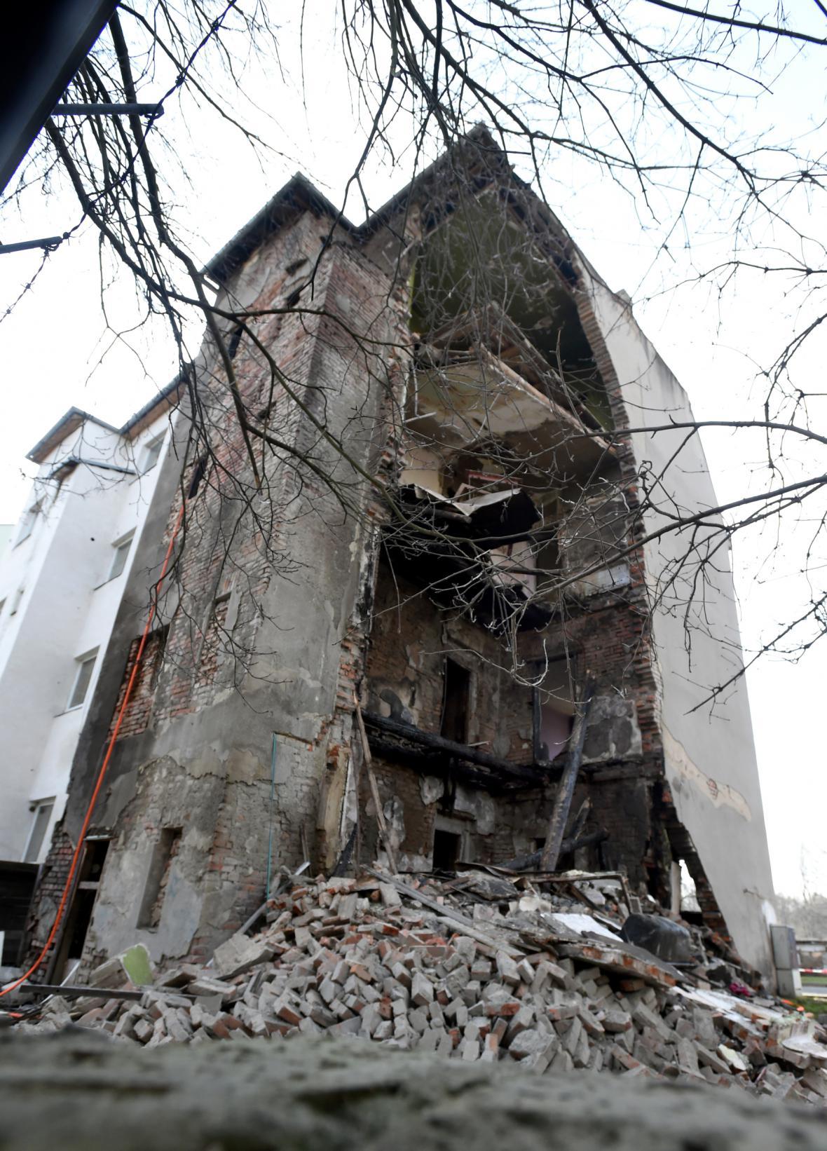 Zřícený bytový dům v Předlicích