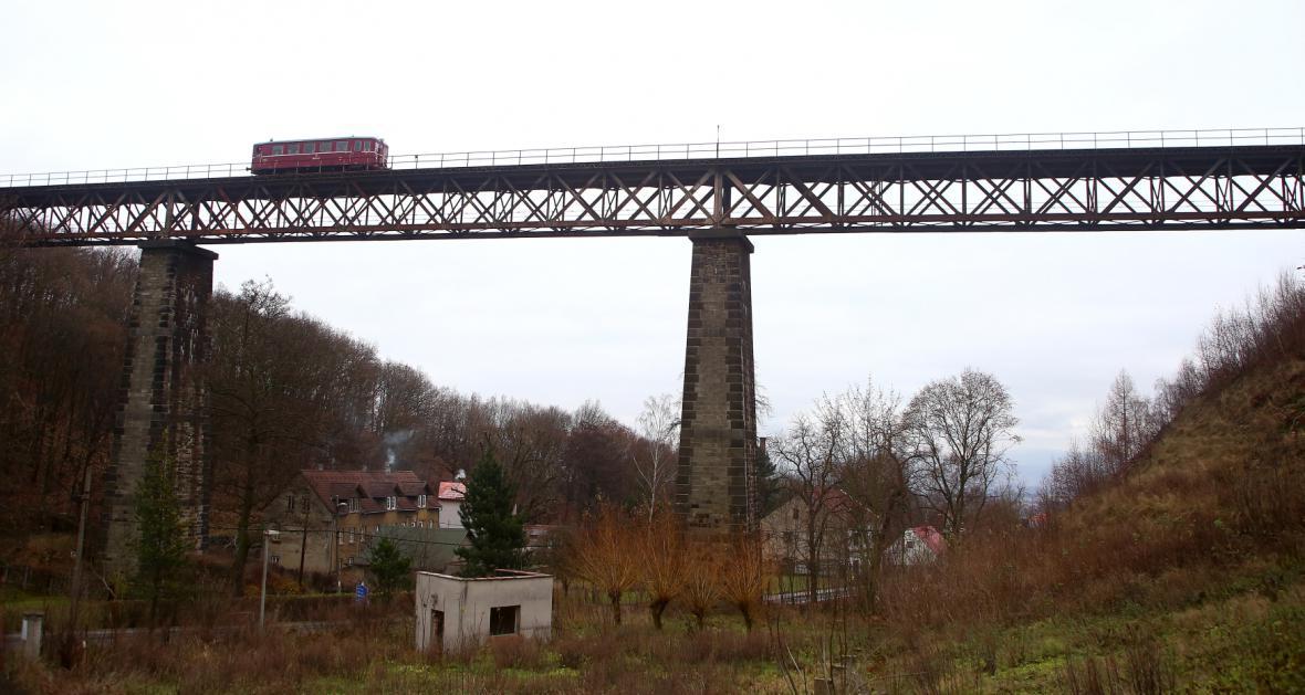 Hrobský viadukt