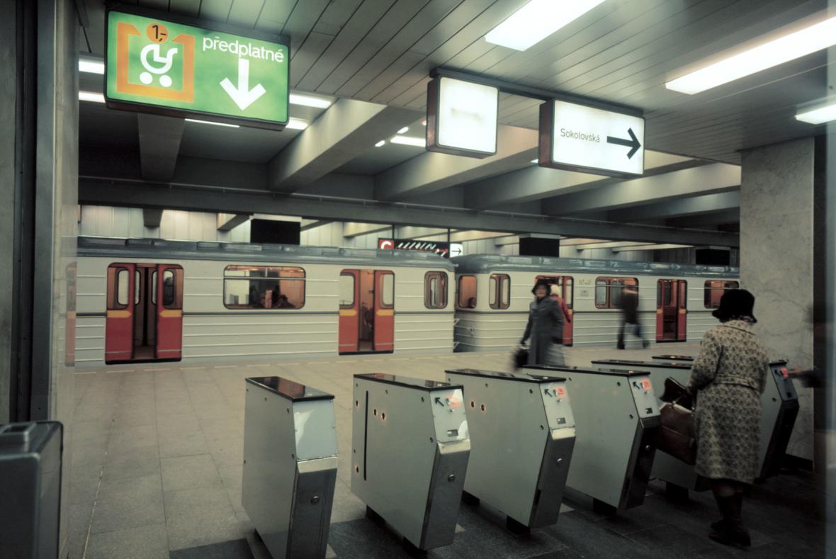 Stanice metra Hlavní nádraží