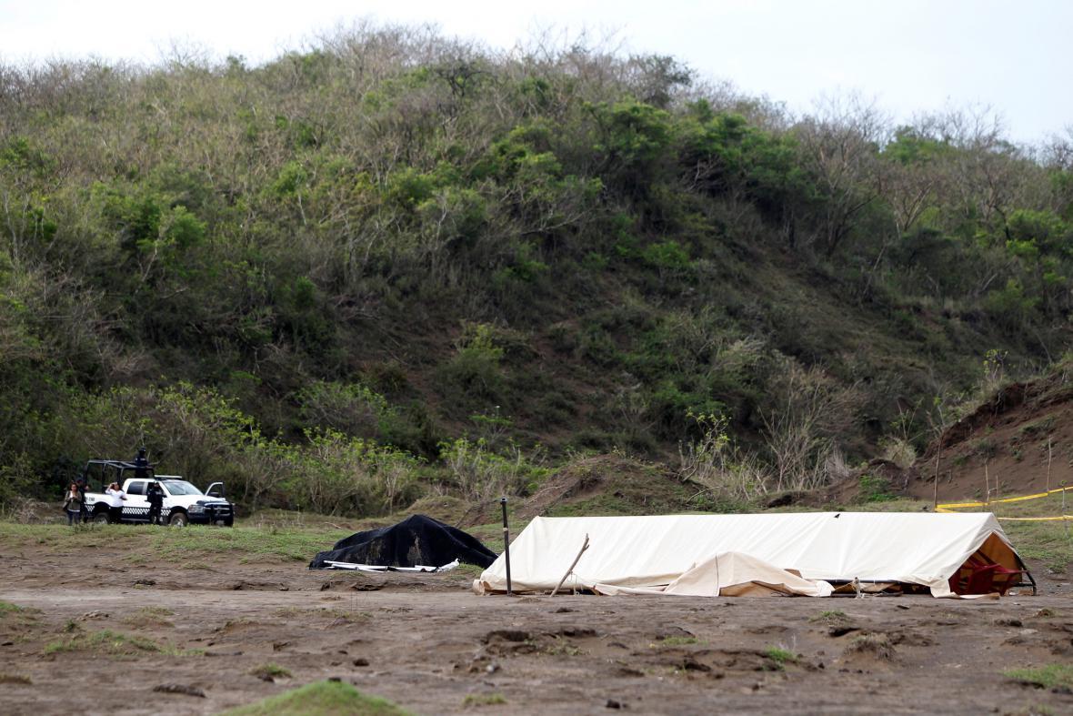 Masový hrob v Mexiku