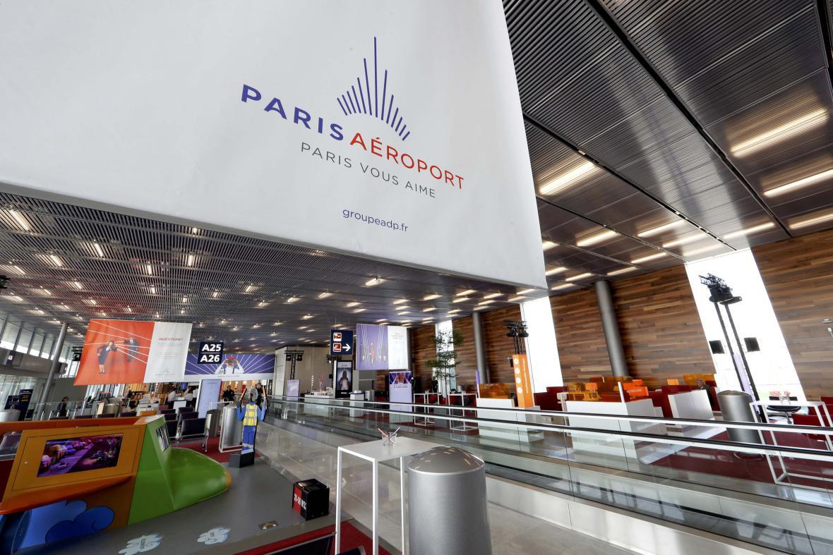 Interiér letiště Orly