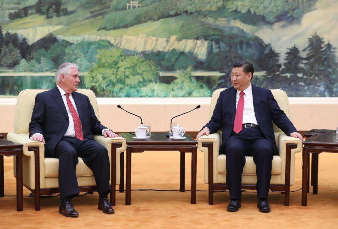 Rex Tillerson a Si Ťin-Pching