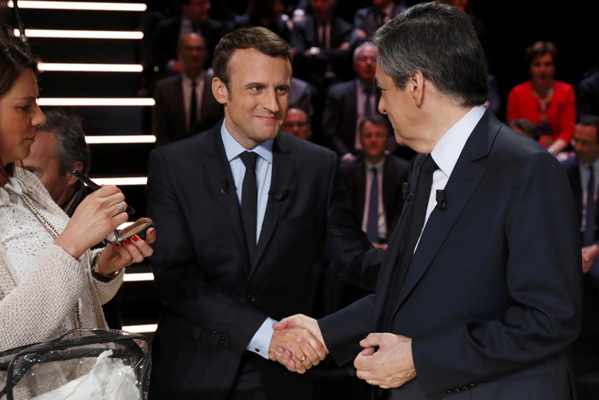 Macron a Fillon před debatou
