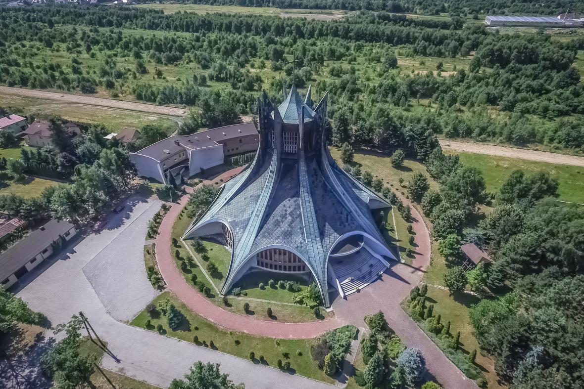 Kostel svatého Alberta Chmielowského, Čenstochová