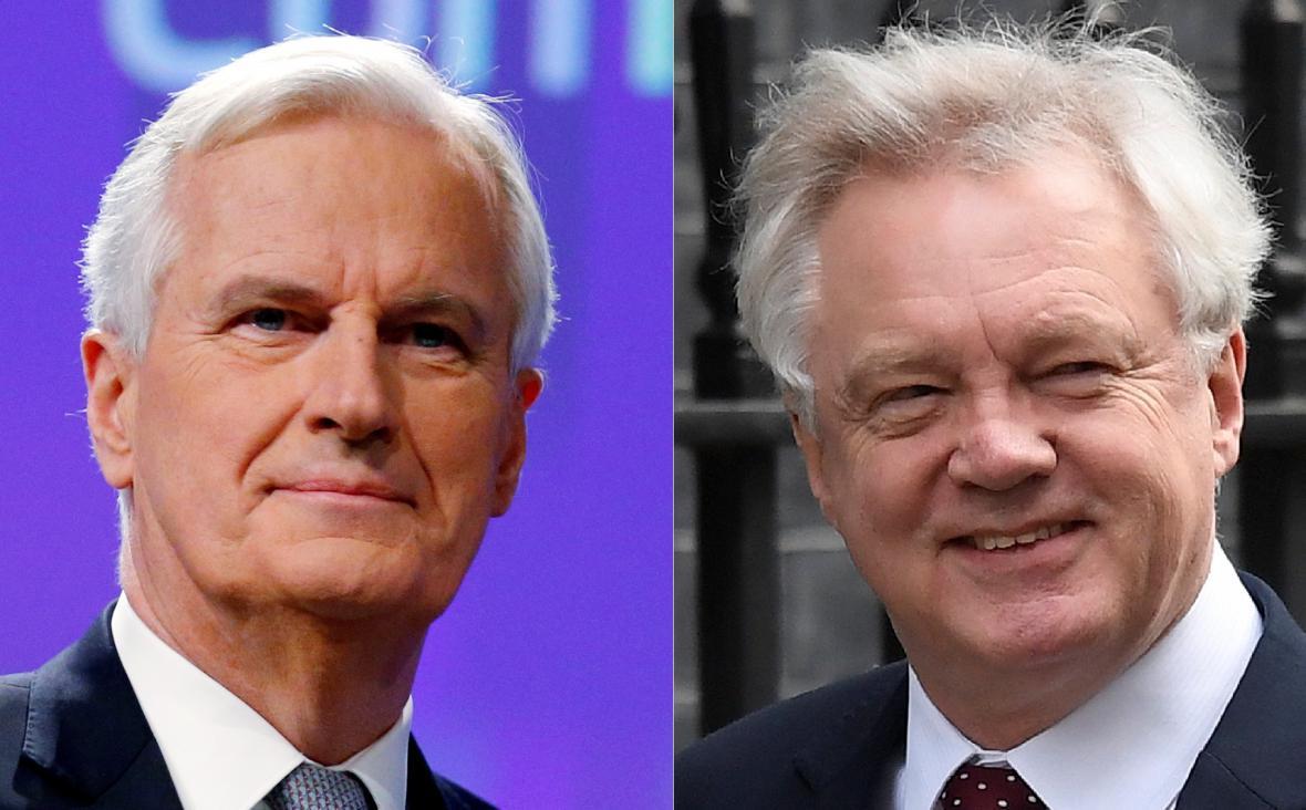 Hlavní vyjednavač EU Michel Barnier a britský ministr pro brexit David Davis
