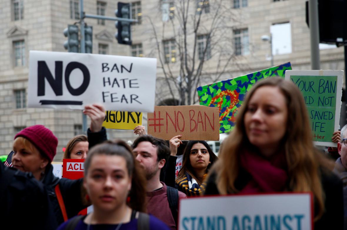 Protest proti imigračnímu dekretu