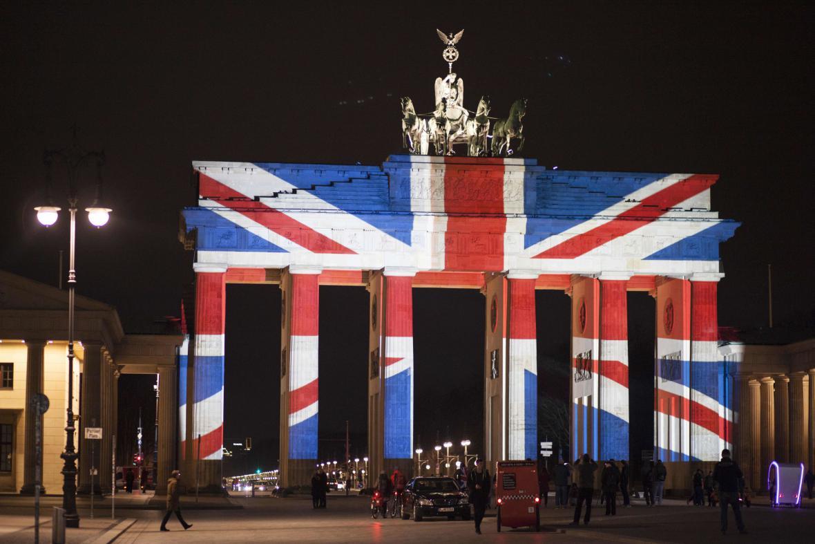 Braniborská vlajka po útoku v Londýně 23. března 2017