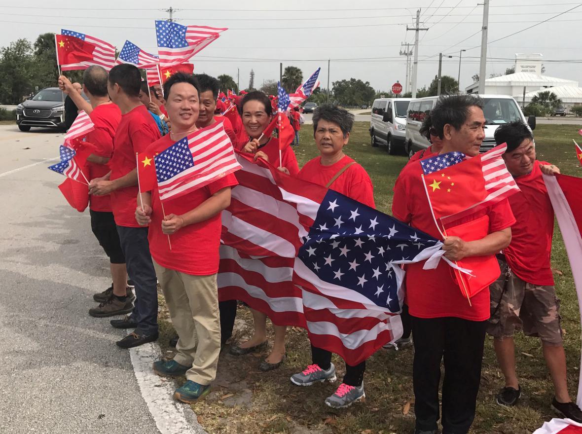 Číňané vítají Si Ťin-pchinga na Floridě