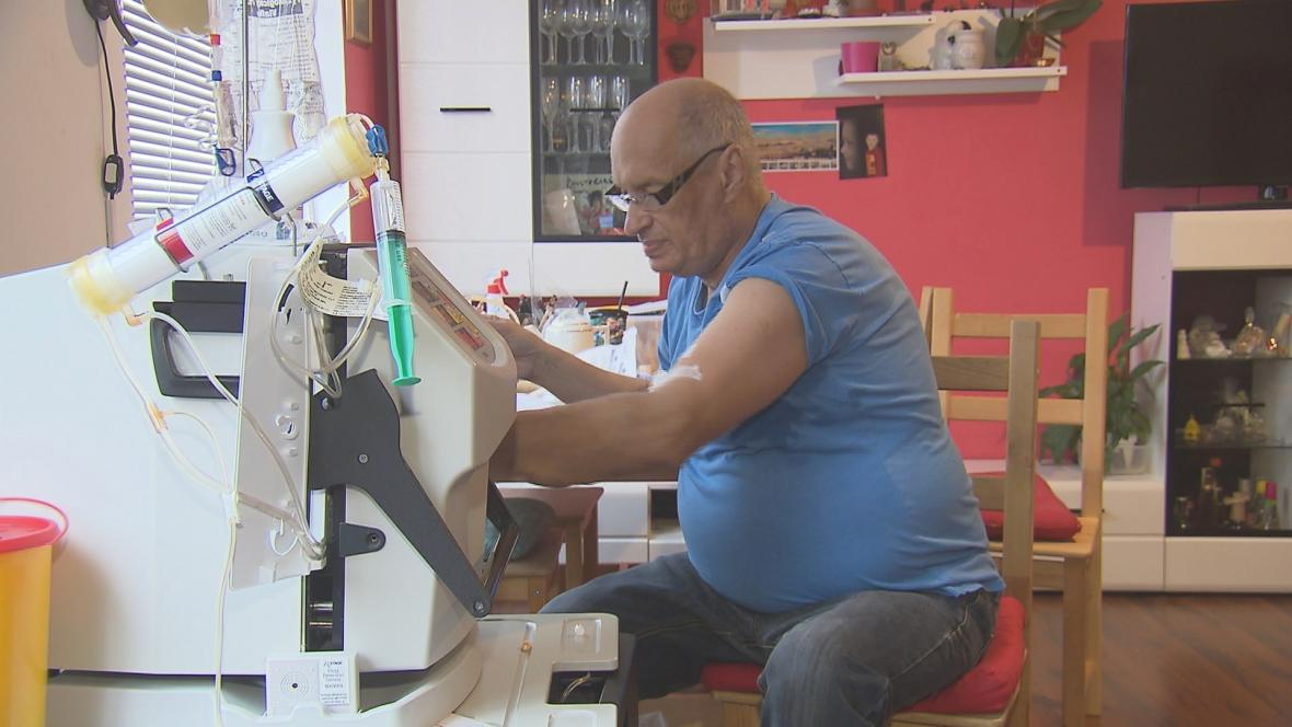 Domácí dialyzační přístroj umožňuje provádět proceduru vícekrát týdně