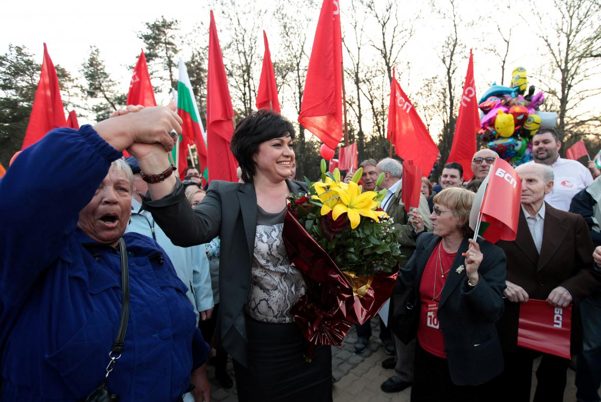 Kornelia Ninová na předvolebním mítinku bulharských socialistů