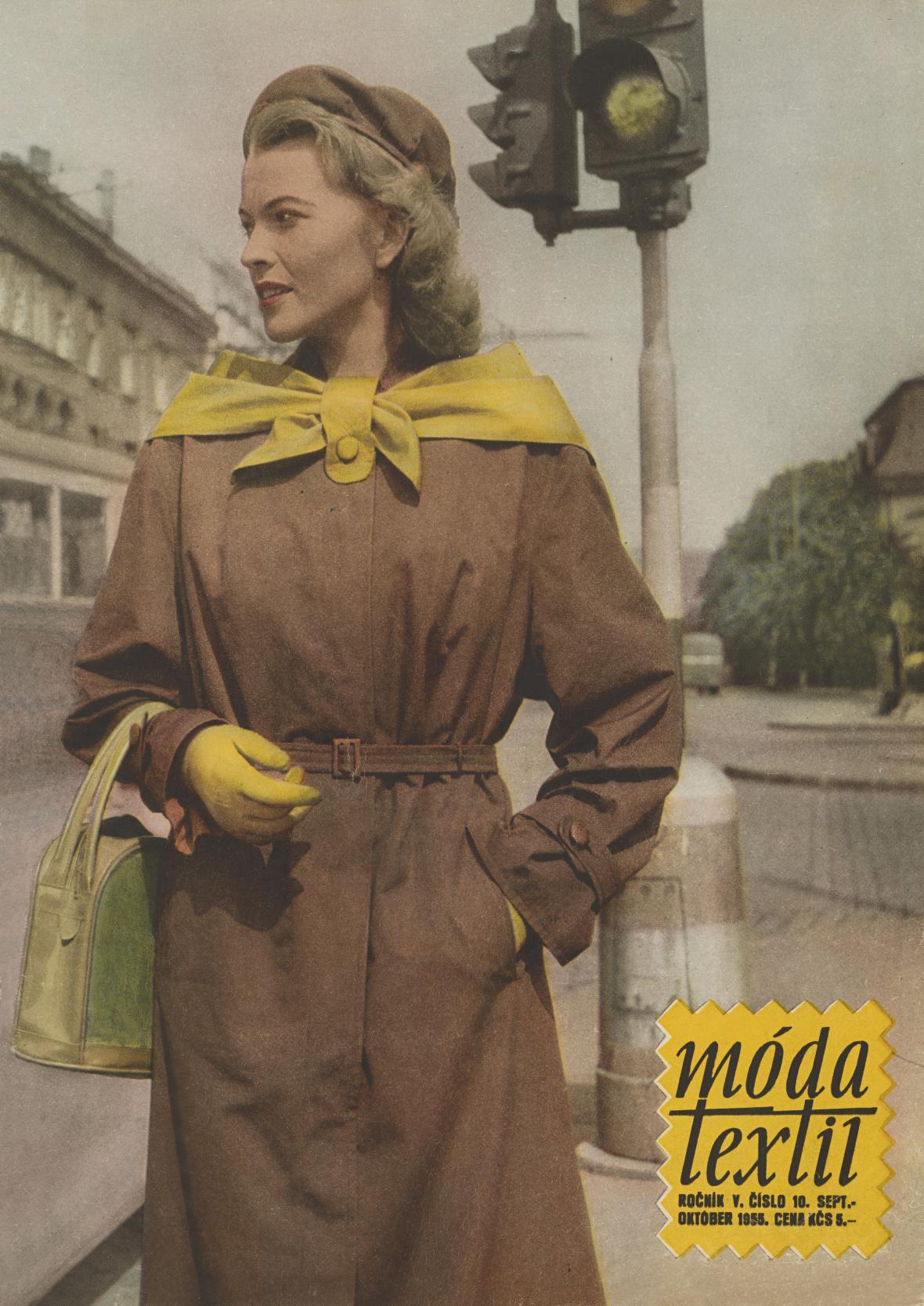 Móda – textil, V, 1955, č. 10. Oděv: Vycházkový plášť z bavlněného ripsu. Textilní tvorba, výrobné oddelení bavlna, Náchod