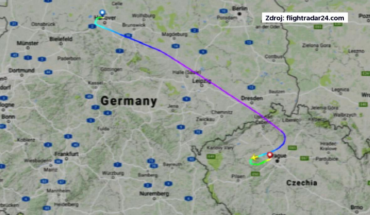 Letadlo mířící z Hannoveru do Vídně muselo přistát v Praze
