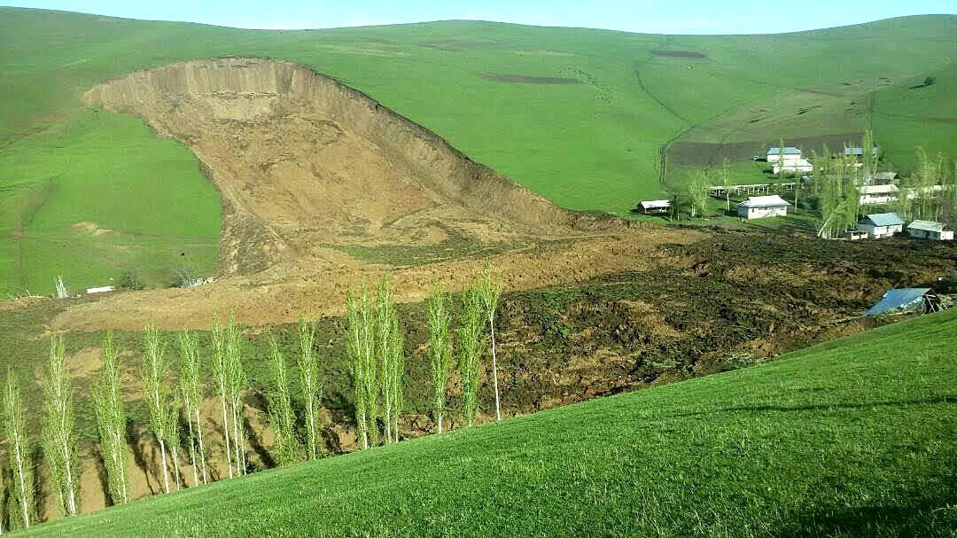 Sesuv půdy v Kyrgyzstánu