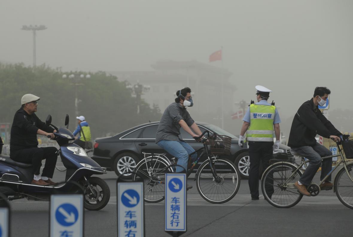 Peking zahalil smog