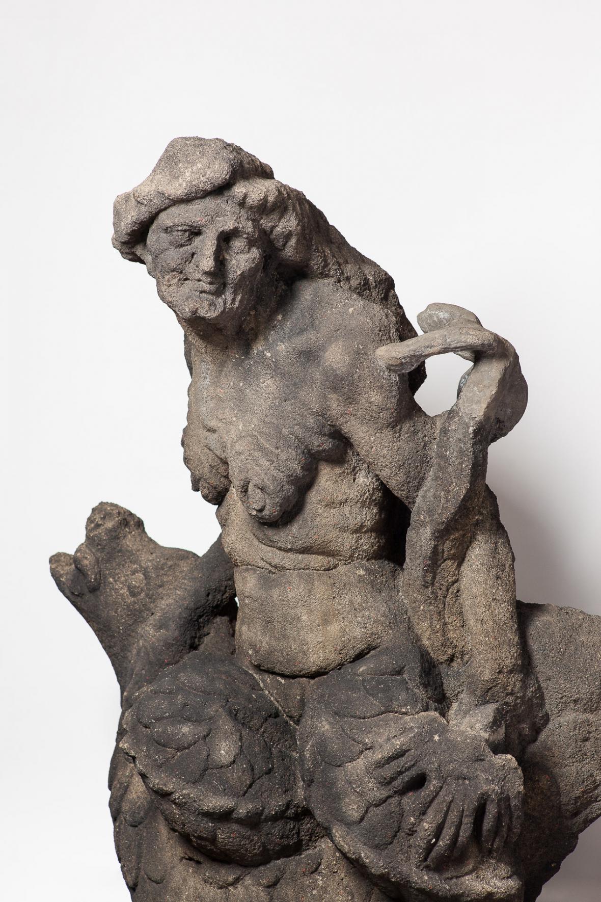 Figurální sousoší z centrální kašny