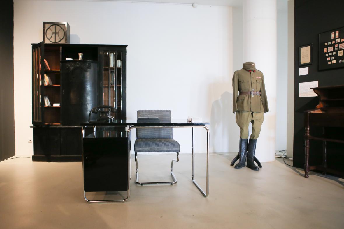 Z výstavy 13 komnat první republiky