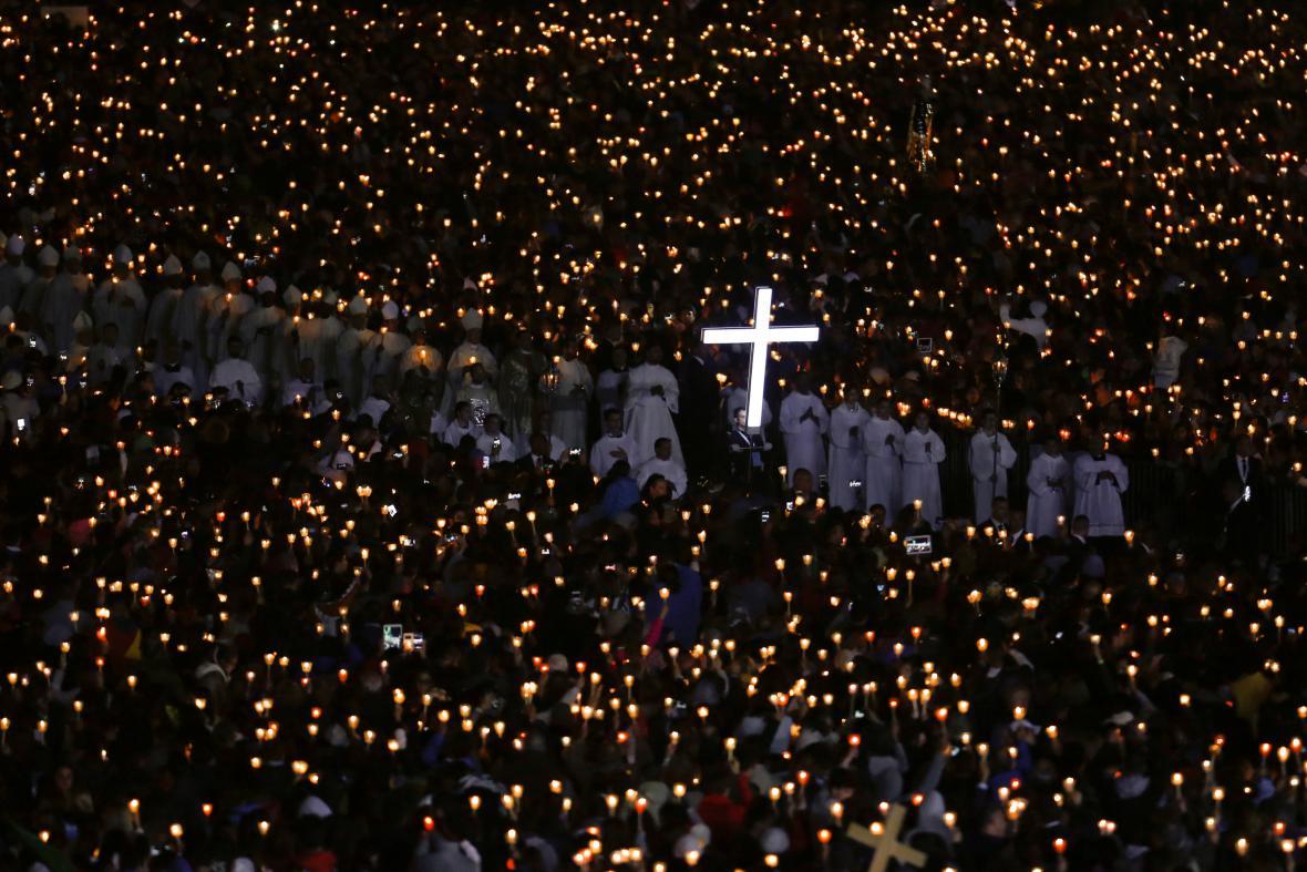 Vigilie vpředvečer svatořečení Franciska a Jacinty Martových