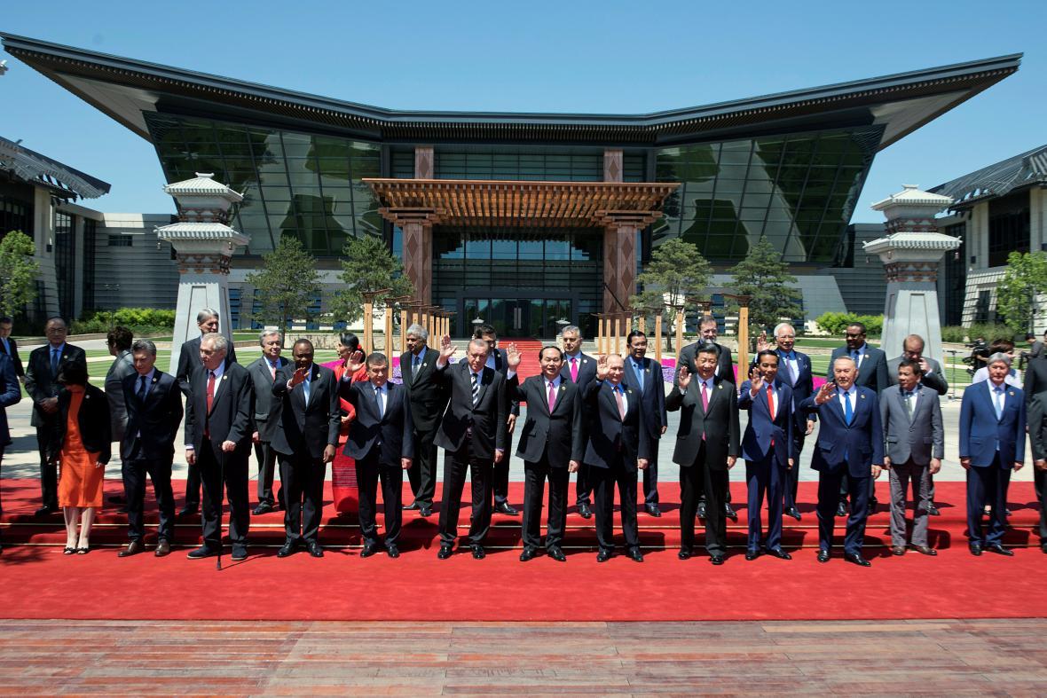 Státníci na fóru v Pekingu