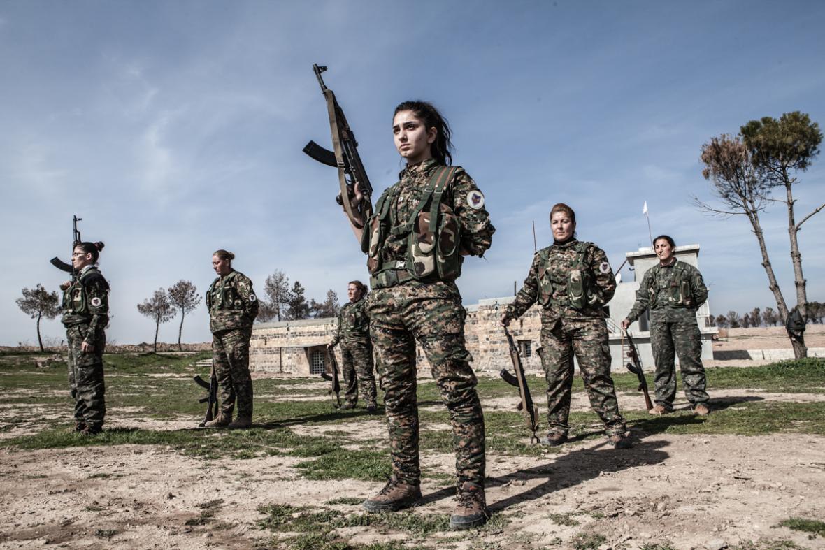 Ženské milice YPJ