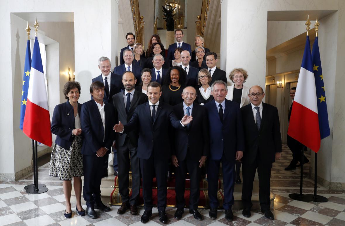 Vláda Emmanuela Macrona