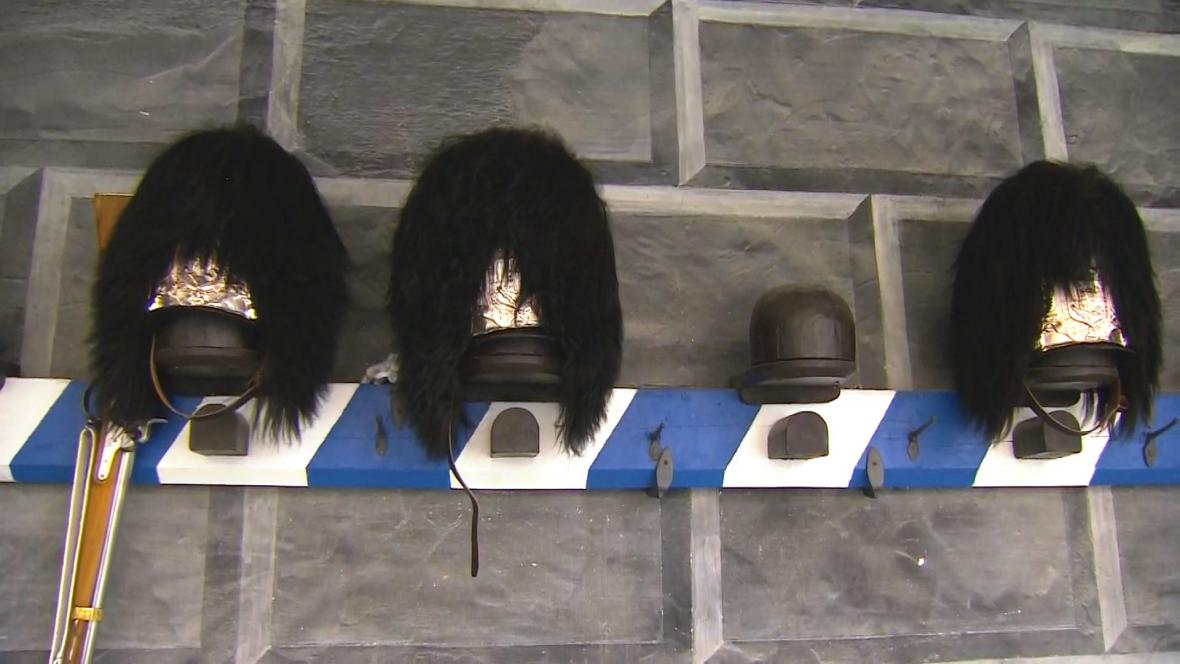 Medvědice - pokrývky hlavy granátníků