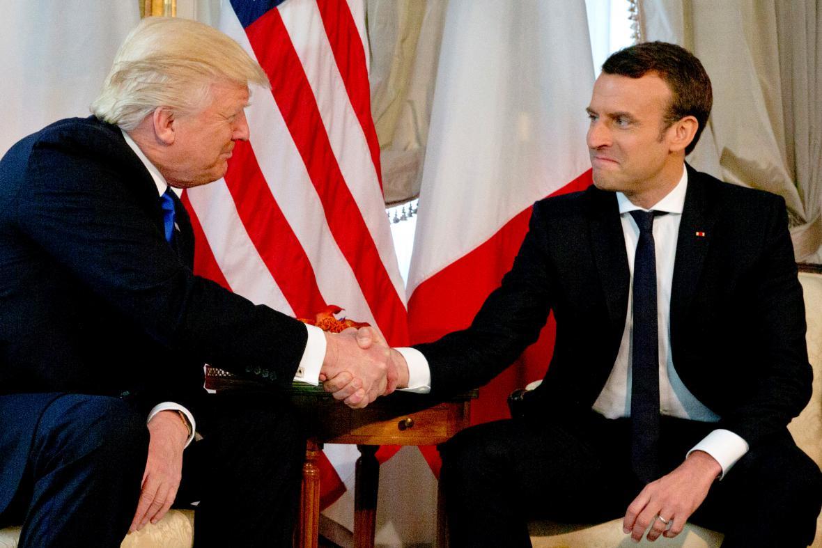 Donald Trump s Emmanuelem Macronem