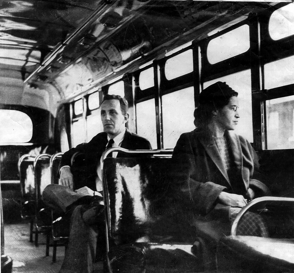 Rosa Parksová v autobuse v Montgomery