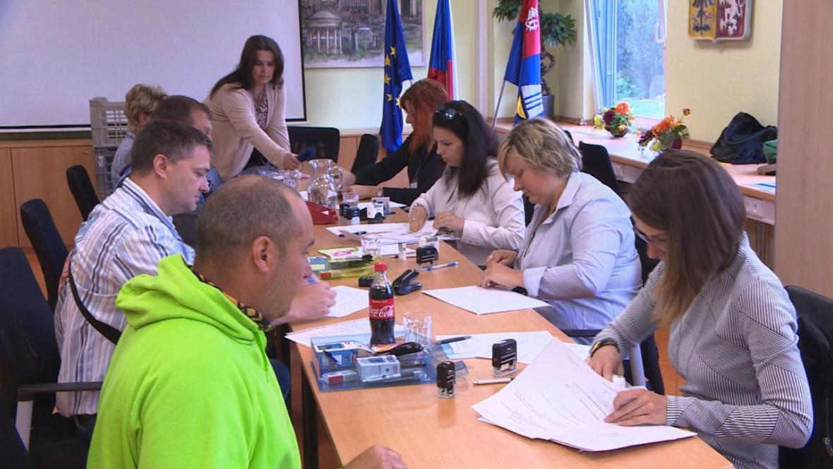 Karlovarský kraj přijal 83 žádostí o kotlíkové dotace
