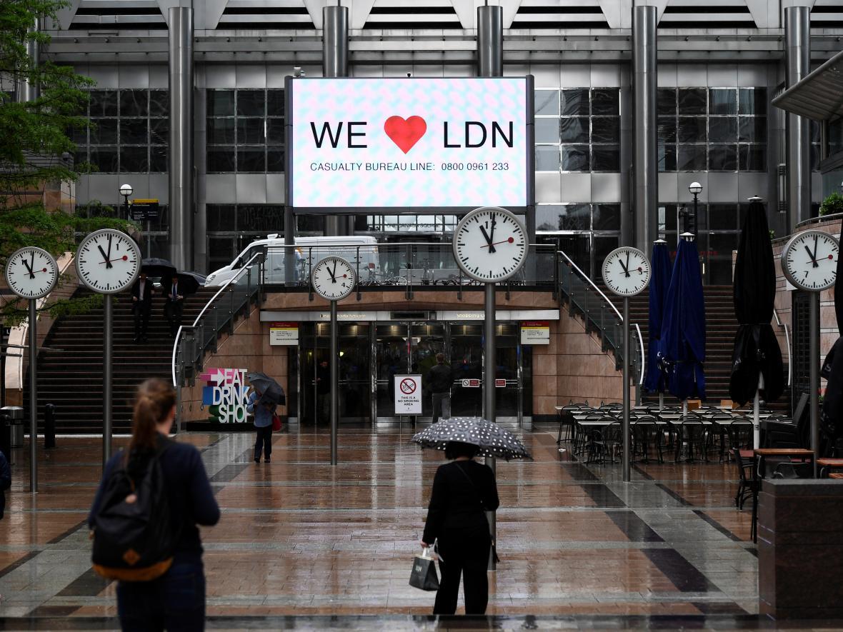 Minuta ticha v Londýně