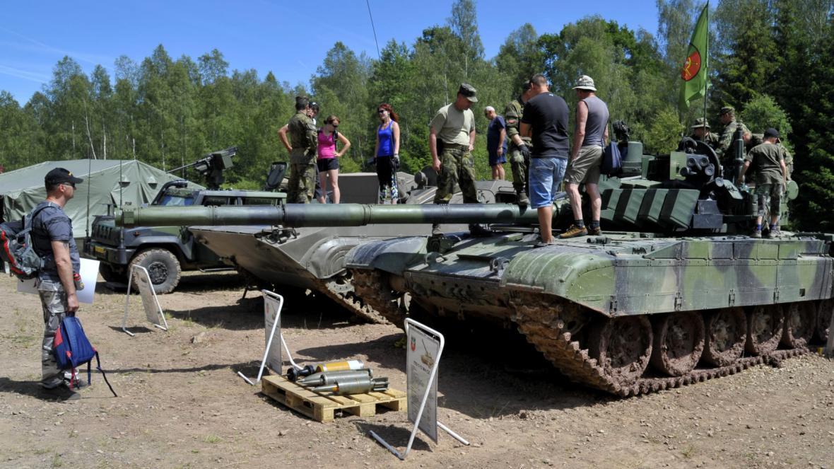 Prohlídka tanku T-72 M4CZ