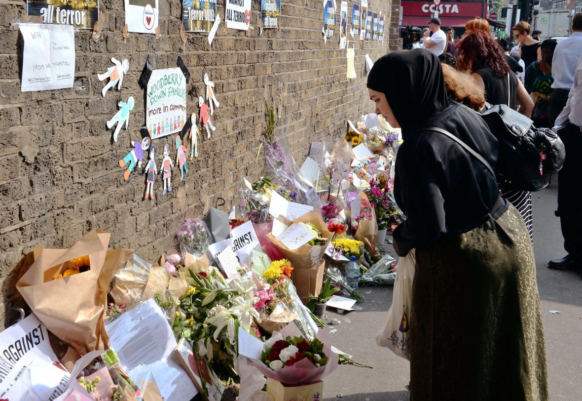 Pietní místo poblíž mešity ve čtvrti Finsbury Park