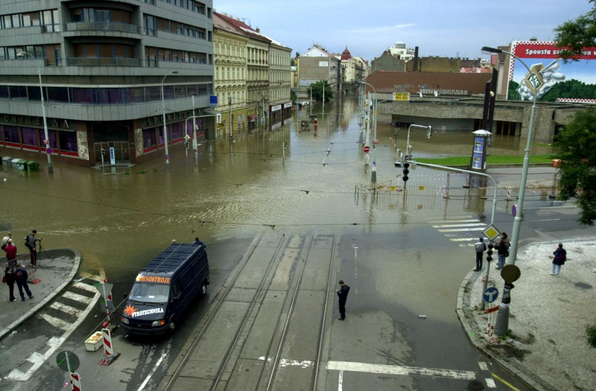 Povodeň v Karlíně roku 2002