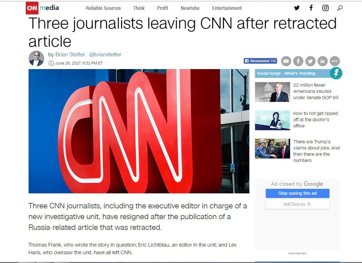 Článek o výpovědi trojice novinářů CNN