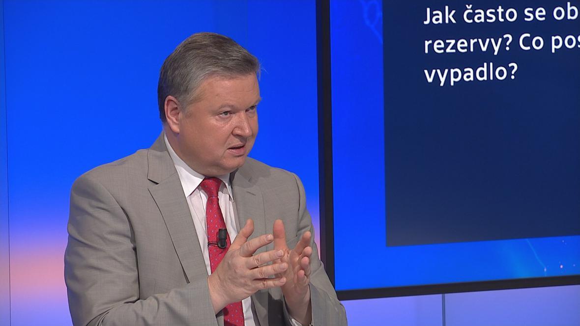 Pavel Švagr v pořadu Devadesátka ČT24