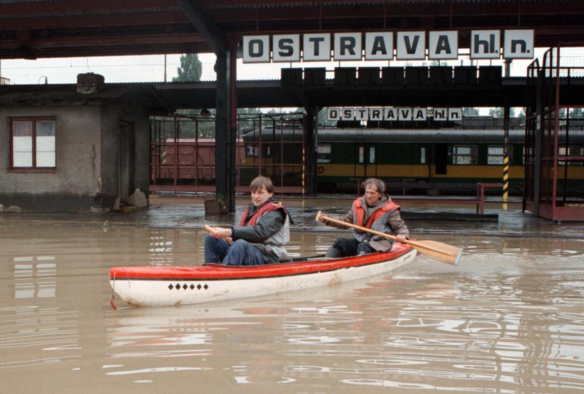 Povodeň na hlavním nádraží v Ostravě dne 9.7.1997