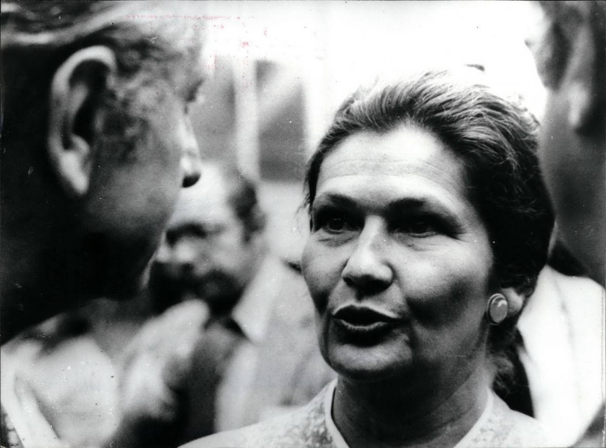 Simone Veilová na fotce z roku 1979, kdy byla zvolena do čela Evropského parlamentu