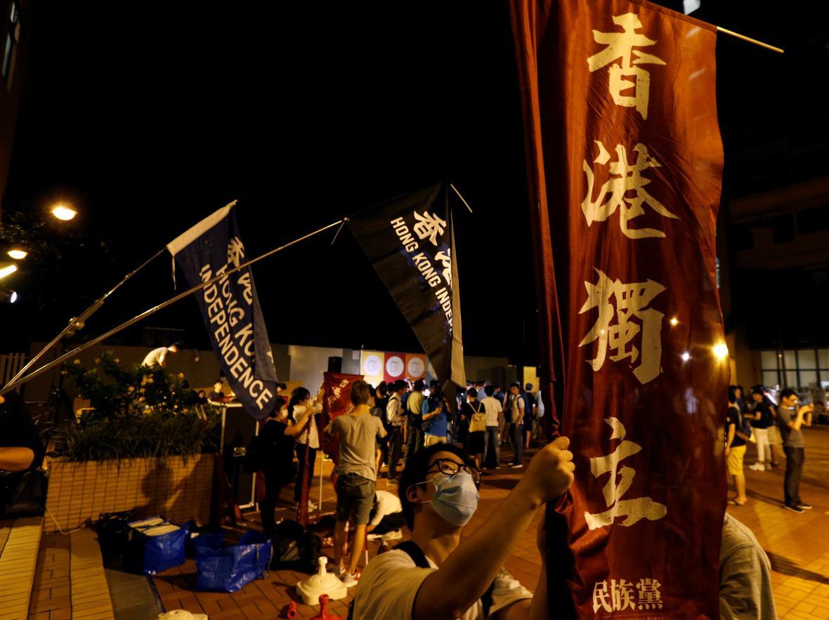 Protesty za vyšší autonomii Hongkongu v předvečer hlavních oslav