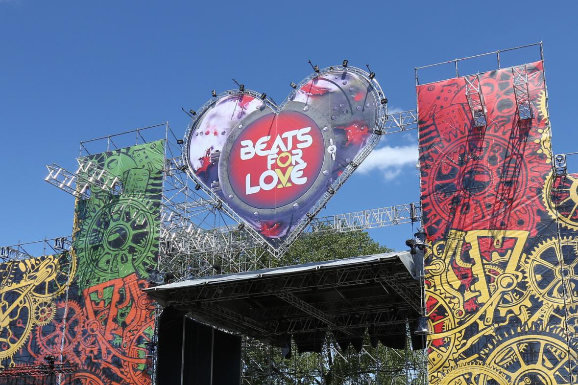 Festival Beats For Love