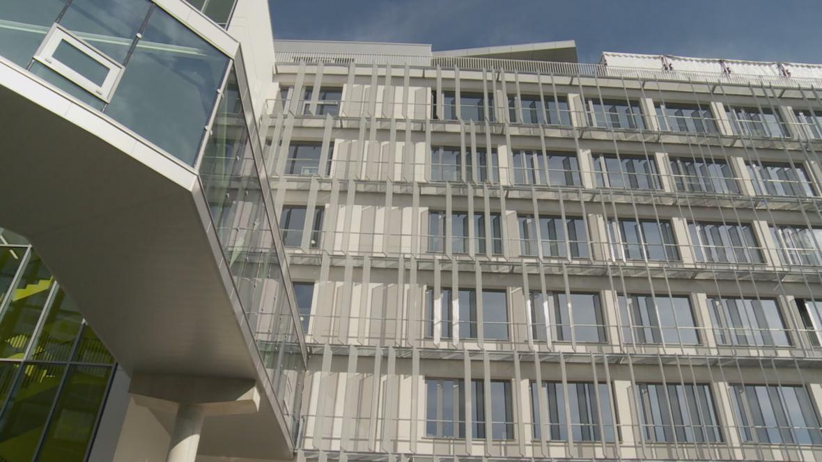 Budova Evropského parlamentu ve Štrasburku nese jméno Václava Havla