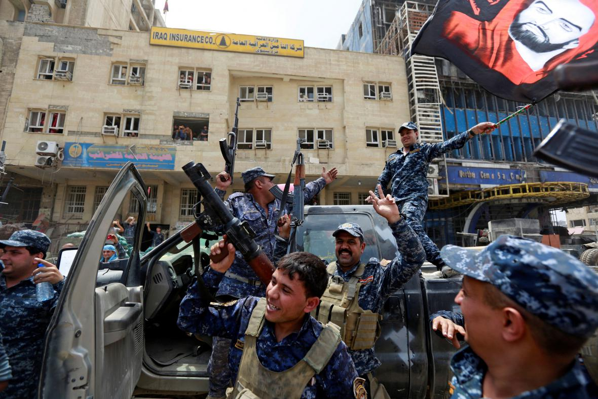 Oslavy v Mosulu