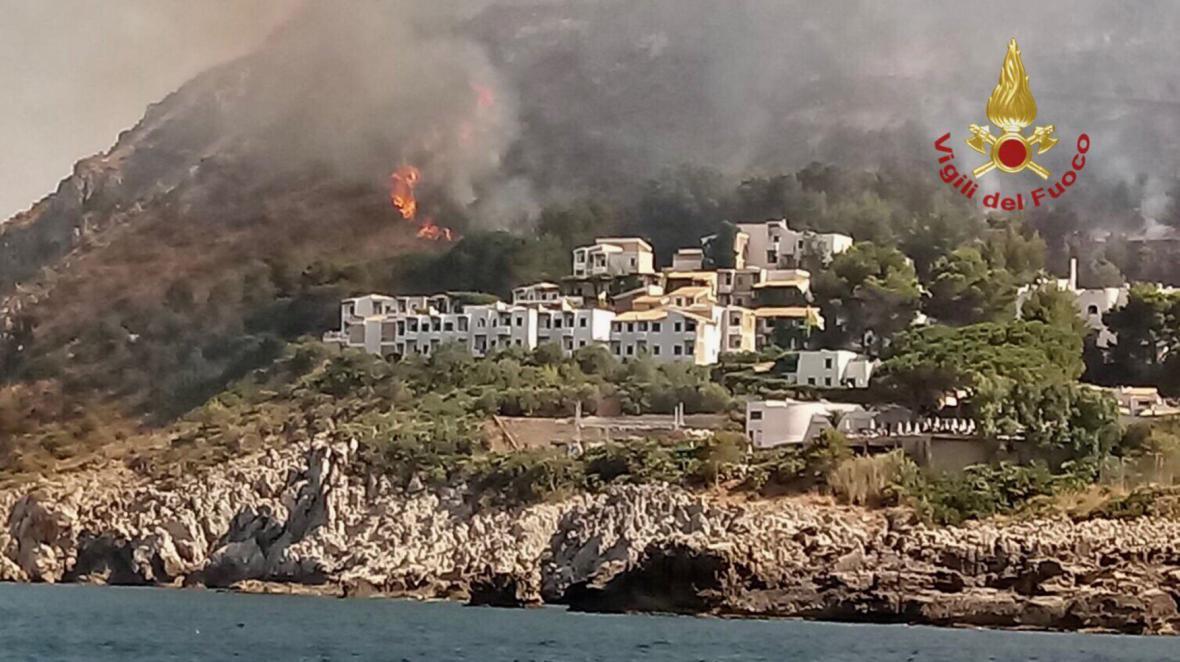 Požár na Sicílii